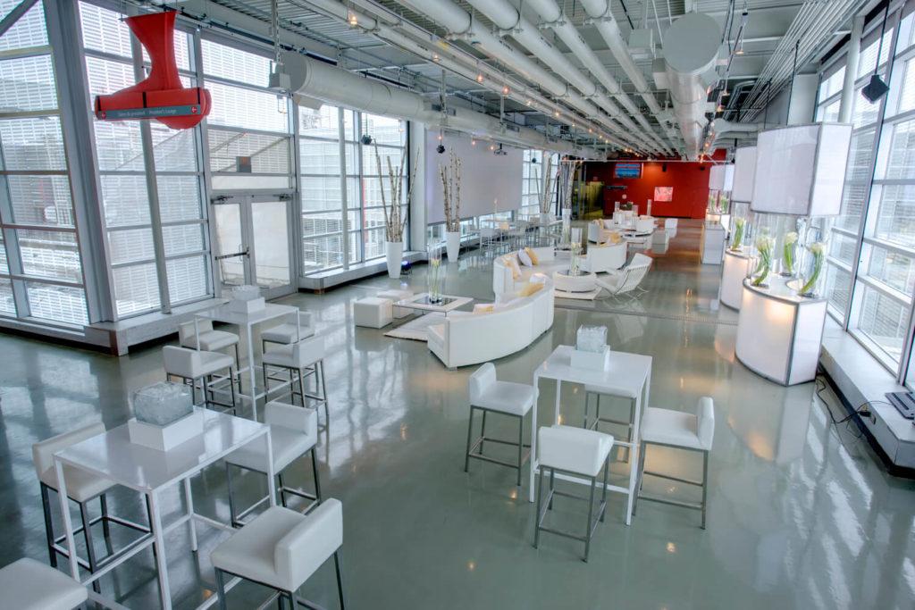 Activités de teambuilding avec l'expérience de l'événementiel. Location de mobilier à Montréal, Québec et Ottawa.